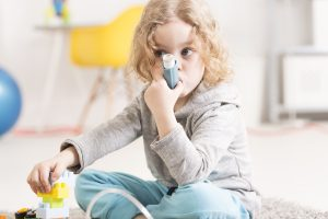 """Early diagnosis and treatment of asthma may help prevent the childhood obesity epidemic,"" said study senior author Frank Gilliland. (Photo/shutterstock)"